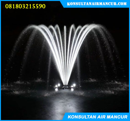 Nozzle air mancur menari saat digunakan di kolam